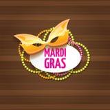 Vektornew- orleanskarnevalkarnevalsaufkleber mit Maske und Text auf hölzernem Wandhintergrund Vektorkarnevalpartei oder Lizenzfreie Stockfotos