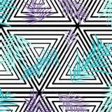 Vektorpalmblätter auf einfarbigem Dreieckhintergrund Botanisches Muster der Wiederholung Blaue purpurrote Beschaffenheit Stockfoto