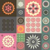 Vektorprydnad från olika blommasymboler Royaltyfri Foto
