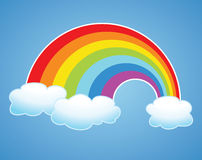 vektorregenbogen und -wolken im Himmel lizenzfreie abbildung