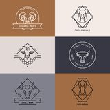 Vektorsamling av logoillustrationen av isolerade symboler för lantgårddjur i linjär stil stock illustrationer