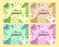 Vektorsatz der Sommerkartenschablone mit bunten tropischen Blättern und Blumen Handgeschriebene Beschriftungsaufschrift für Poste Stockfotos