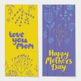 Vektorsatz vertikale Karten des Feiertagsfrühlinges, Fahnen mit Bürste sperren Beschriftungs- und Gekritzelblumen ein stock abbildung