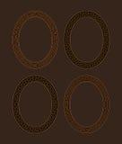 Vektorsatz von vier ovalen Windungsrahmen Lizenzfreie Stockfotos