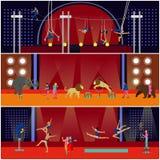 Vektorsatz Zirkusinnenkonzeptfahnen Akrobaten und Künstler führen Show in der Arena durch Stockfotografie