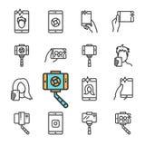 Vektorsvartlinje Selfie symbolsuppsättning Inkluderar sådana symboler som selfiepinnen, smartphonen, den främre kameran, Smartpho royaltyfri illustrationer