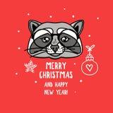 Vektortvättbjörntecken med exponeringsglas glad jul Kort med det gulliga djura huvudet som isoleras på rött Dragen feriehand stock illustrationer