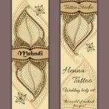 Vektoruppsättning av baner eller kort i indisk dekorativ stil Mehndi blom- prydnad Arkivbild