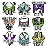 Vektoruppsättning av färgrika etiketter för sport Planlägg beståndsdelar, symboler, logoen, emblem och emblem som isoleras på vit Royaltyfri Bild