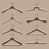 Vektoruppsättning av gullig hängarekläder stock illustrationer