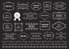 Vektoruppsättning: calligraphic designbeståndsdelar och sidagarnering Dekorativa virvlar eller snirklar, tappningramar, krusidull royaltyfri illustrationer