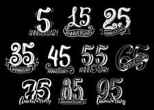 Vektoruppsättning med årsdagnummer vektor illustrationer