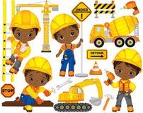 Vektoruppsättning med gulliga afrikansk amerikanpojkar som kläs som små byggmästare och konstruktionstransport vektor illustrationer