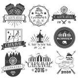 Vektoruppsättningen av cirkus- och karnevaletiketter i tappning utformar Planlägg beståndsdelar, symboler, logoen, emblem, isoler Fotografering för Bildbyråer