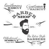 Vektoruppsättningen av den retro barberaren shoppar logo, märker, emblem och designen stock illustrationer