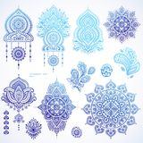 Vektoruppsättning av indiska blom- paisley prydnader Persisk etnisk mor Royaltyfria Bilder