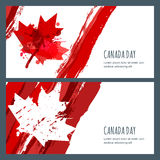 Vektorvattenfärgbaner och bakgrunder 1st Juli, lycklig Kanada dag Dragen kanadensisk flagga för vattenfärg hand med lönnlövet Royaltyfria Bilder