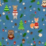 Vektorwalddesign, Weihnachtsnahtloses Muster mit Waldtieren: Fuchs, Eule, Bär Stockbild