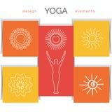 Vektoryogaillustration Uppsättningen av linjära yogasymboler, yogalogoer i översikt utformar Royaltyfri Bild