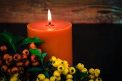 Vela anaranjada ardiente Fotografía de archivo libre de regalías