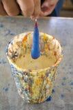 Vela caseiro que faz à mão o potenciômetro da vasilha de barro do iwith Fotografia de Stock Royalty Free
