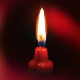 Vela con el fondo rojo - imagen del alma Imagenes de archivo
