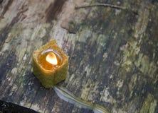Vela de la cera de abejas Foto de archivo libre de regalías