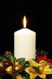 Vela de la Navidad blanca. imagen de archivo