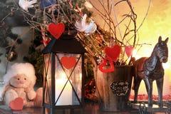 Vela de la rama de la decoración del corazón de la tarjeta del día de San Valentín Fotografía de archivo libre de regalías