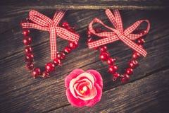Vela, decoración del día de tarjeta del día de San Valentín Imagen de archivo