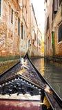 Vela del crogiolo di gondola in Grand Canal Venezia Fotografia Stock Libera da Diritti