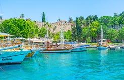 Vela del puerto deportivo de Antalya Fotos de archivo