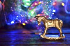 Vela del ` s del Año Nuevo bajo la forma de caballo Foto de archivo libre de regalías