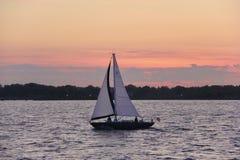 Vela di tramonto Fotografie Stock Libere da Diritti