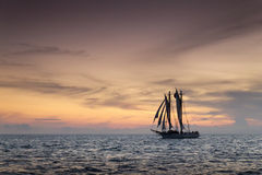 Vela hermosa de la puesta del sol en Key West la Florida fotos de archivo libres de regalías