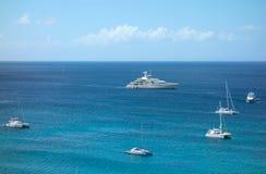 Vela nas Caraíbas no dia de Natal Fotos de Stock Royalty Free