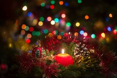 Vela roja de la Navidad Imágenes de archivo libres de regalías