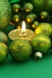 Vela verde de la Navidad Imagen de archivo libre de regalías