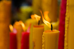 Vela vermelha e amarela Foto de Stock Royalty Free