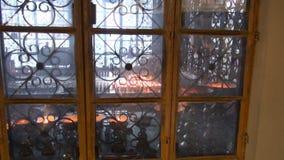 Velas budistas tibetanas en el templo de Dharamsala, la India