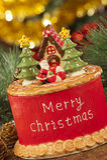 Velas con las decoraciones de la Navidad en luz atmosférica Foto de archivo
