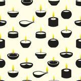 Velas de Diwali con el modelo inconsútil de los iconos de la llama Foto de archivo libre de regalías