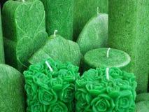 Velas decorativas verdes Fotos de archivo libres de regalías