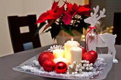 Velas do Natal da tabela decoration Imagem de Stock Royalty Free