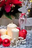 Velas do Natal da tabela decoration imagens de stock royalty free