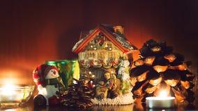 Velas e brinquedos do Natal Imagens de Stock