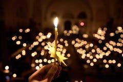 Velas en iglesia Imágenes de archivo libres de regalías