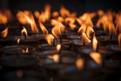 Velas en Swayambhunath Fotos de archivo libres de regalías