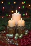 Velas festivas en ayuda Fotos de archivo libres de regalías