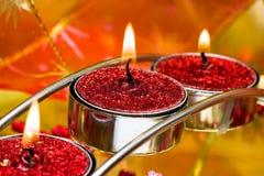 Velas festivas vermelhas fotos de stock